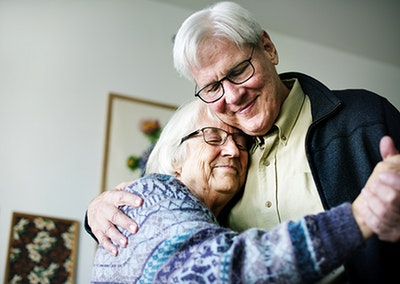 How a husband's role may reverse while caring for wife with Alzheimer's